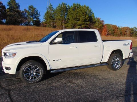 New 2020 RAM 1500 Laramie With Navigation