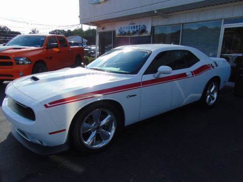 Certified Pre-Owned 2019 Dodge Challenger R/T 2WD 2dr Car