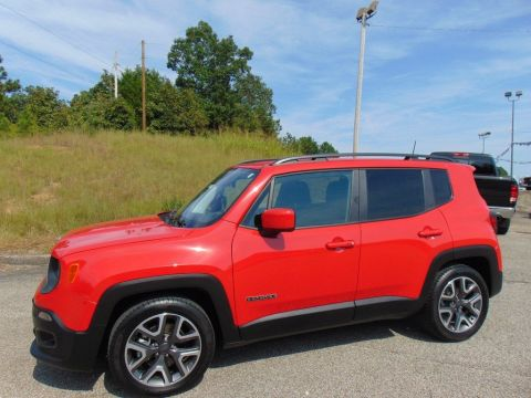 Certified Pre-Owned 2018 Jeep Renegade Latitude FWD Sport Utility
